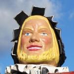 Géant Gargantua 4 du Carnaval de Bailleul 2001 -