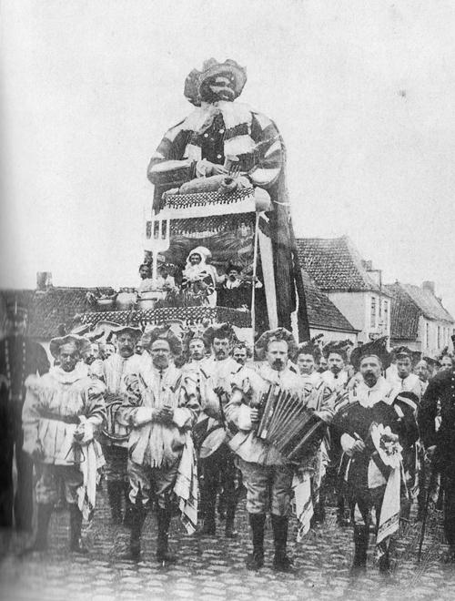 Le premier géant Gargantua du Carnaval de Bailleul